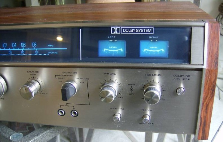 Akai Stereo Receiver AA 910DB Information