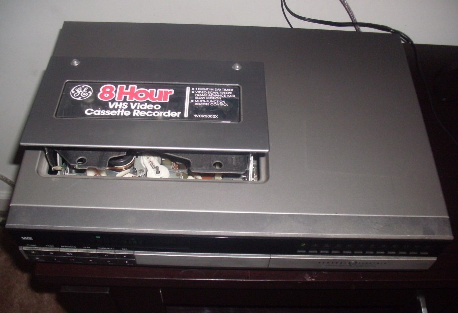 General Electric Vhs Vcr Model 1vcr5002x