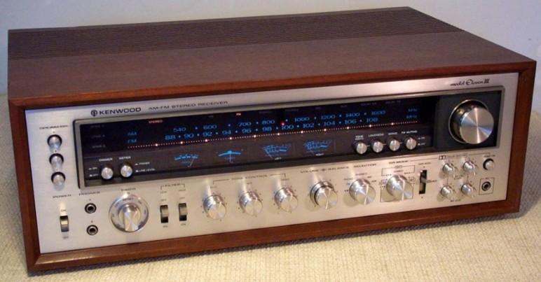 Vintage Kenwood Receiver 107
