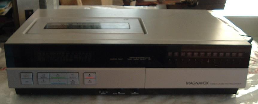 Magnavox VHS VCR Model VR8405SL01