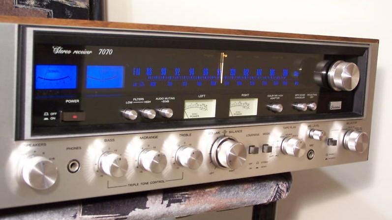 Sansui 7070 | Classic Receivers